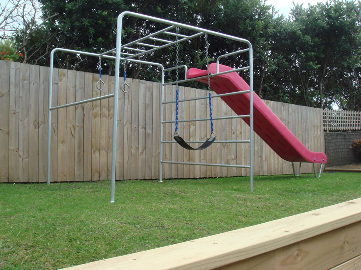 Outdoor home play residential jungle gyms and playground